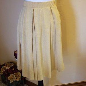 Madison Skirt Pleated w/ Pockets